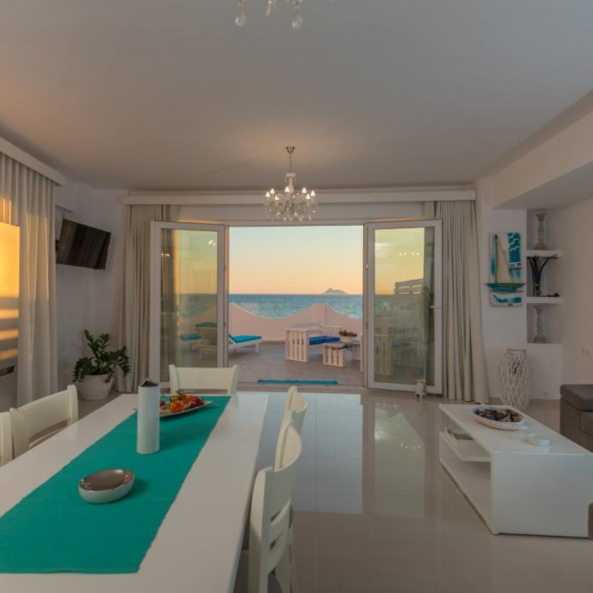 Aristodimos Apartments - LUXURY SUITE