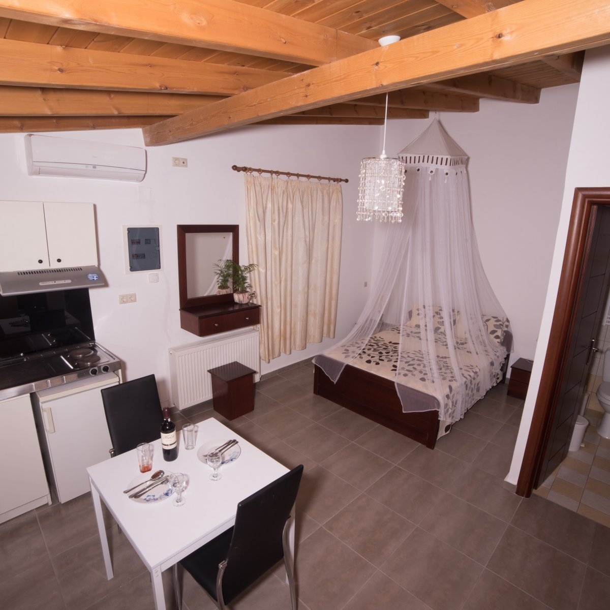 Bodikos Hotel - CHARULA 1